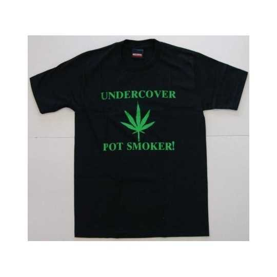 "T-shirt ""Undercover pot smoker"""